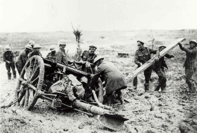Soldiers with a gun at Passchendaele