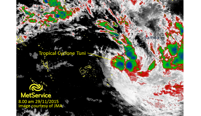 Infrared satellite image at 8.00am 29 November 2015 courtesy of JMA. Higher cloud tops are blue and green indicating areas of heaviest rainfall.